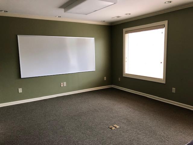 Charlotte-conr-room-2.jpg